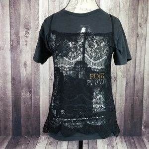 Furst of a Kind lace tank/Pink Floyd graphic tee